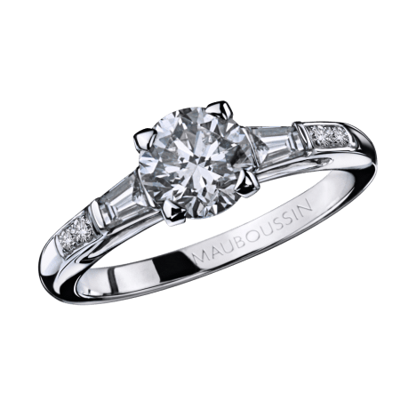 Courtisane ring, white gold and diamands