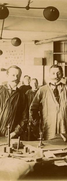 1880 – 1923